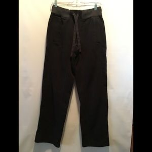 LULULEMON MENS Black Sweatpants .